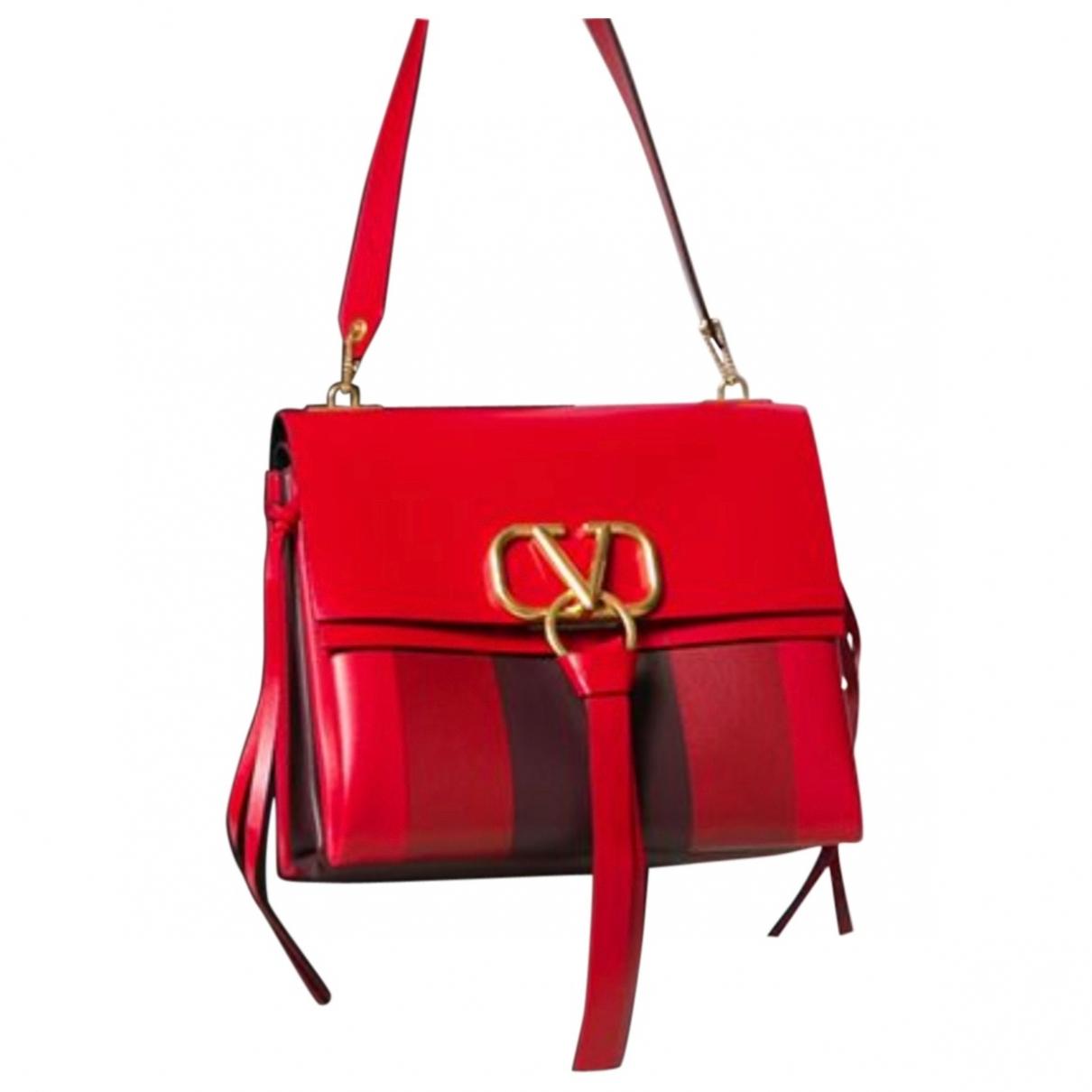 Valentino Garavani Vring Handtasche in  Rot Leder