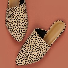 Pointed Toe Leopard Flat Mules
