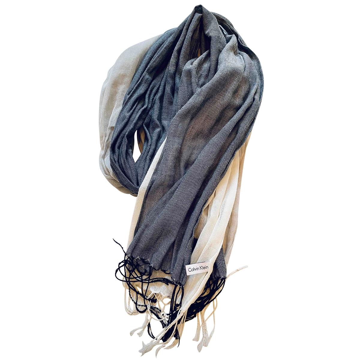 Calvin Klein \N Schal in  Grau Baumwolle
