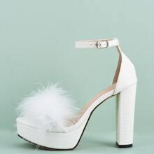 Sandalen mit Kunstpelz Dekor und Platform