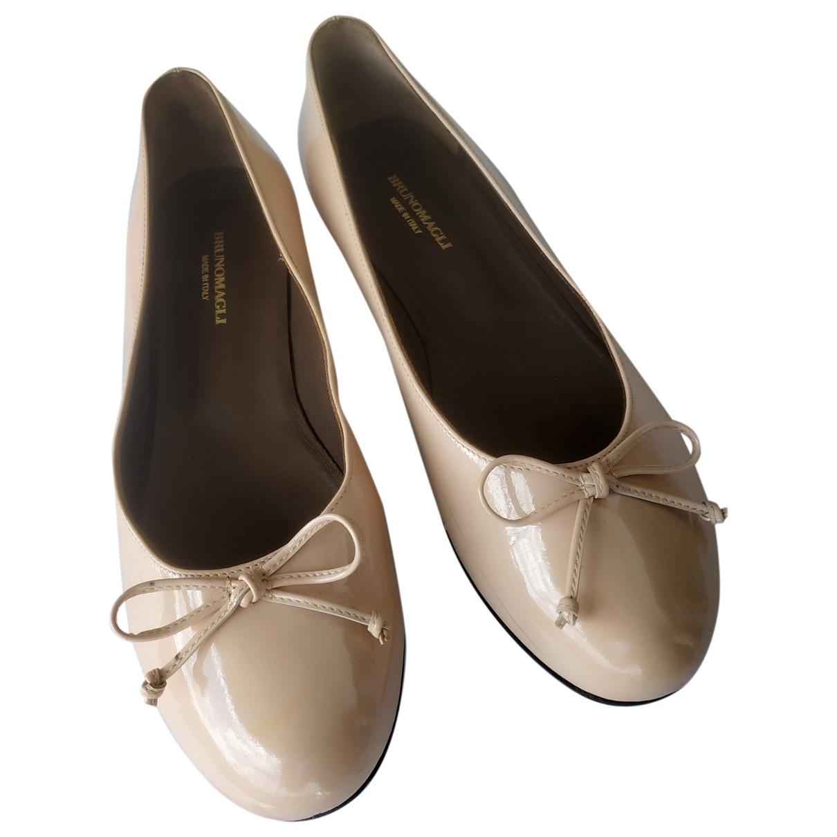 Bruno Magli \N Ballerinas in  Rosa Leder