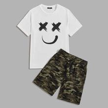 Conjunto de hombres camiseta con estampado de dibujos animados con shorts de camuflaje