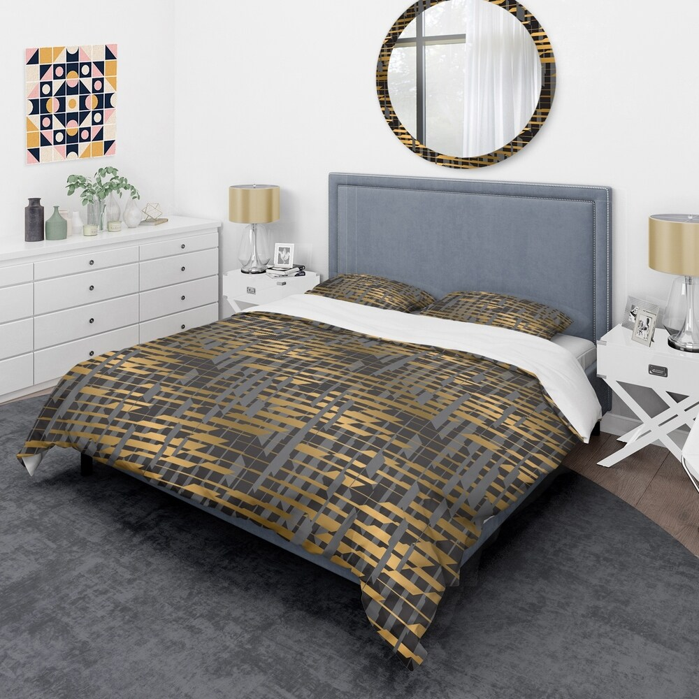 Designart 'Gold Checkered Pattern I' Mid-Century Duvet Cover Set (Twin Cover + 1 sham (comforter not included))