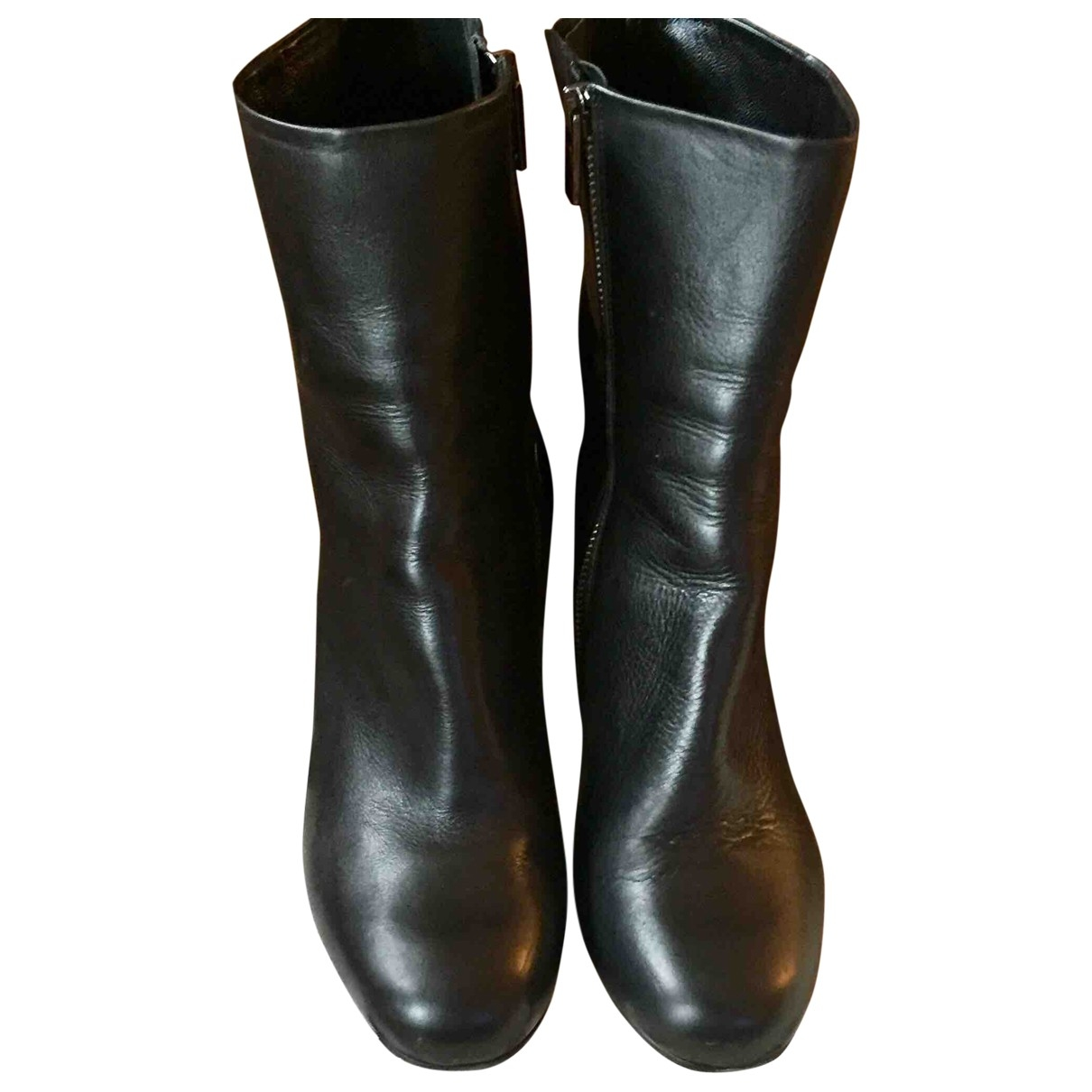 Mcq \N Black Leather Ankle boots for Women 40 EU