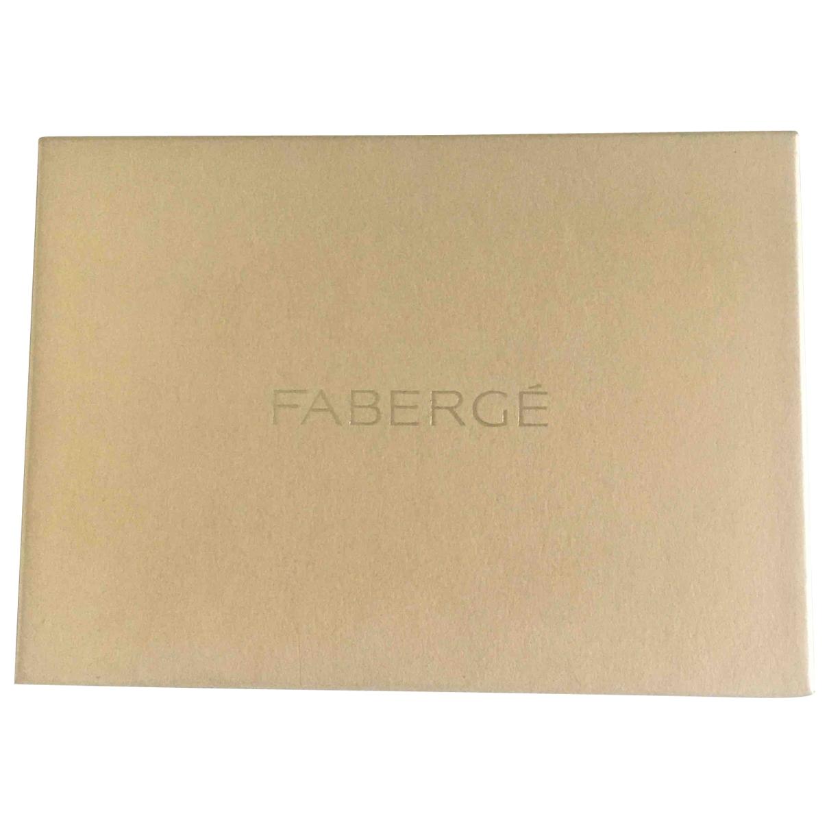 Faberge - Objets & Deco   pour lifestyle en autre - blanc