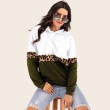 Ziehbaendchen Leopardenmuster  Laessig Sweatshirts