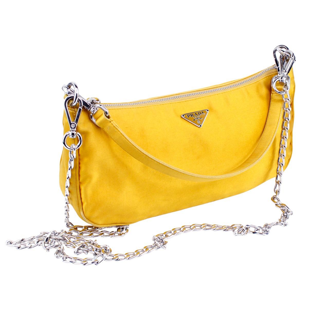 Prada Tessuto  Handtasche in  Gelb Seide