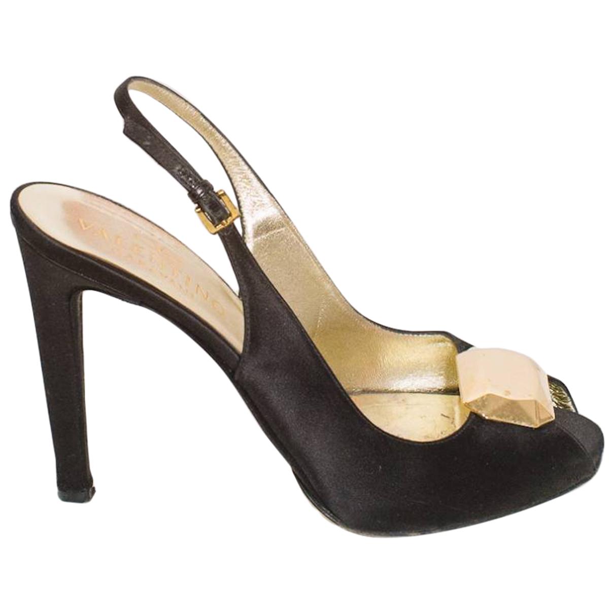 Valentino Garavani \N Black Cloth Heels for Women 39 EU