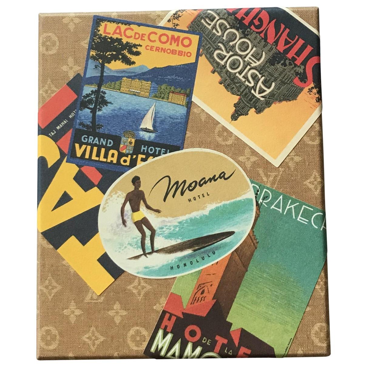 Louis Vuitton \N Brown Travel for Life & Living \N