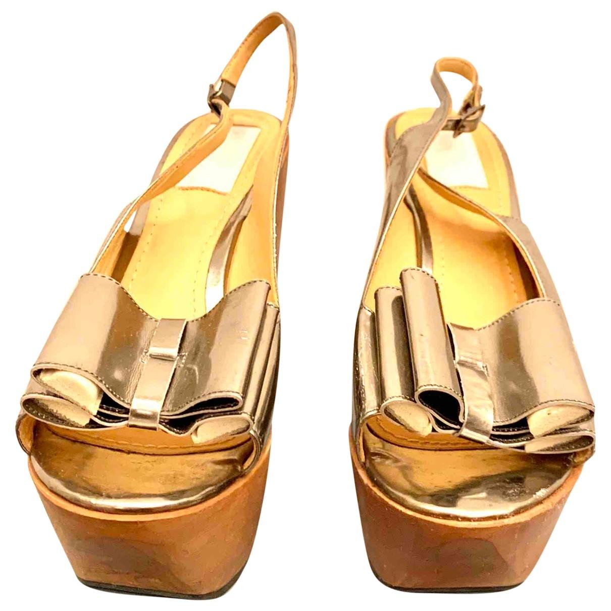 Lanvin - Sandales   pour femme en cuir verni - argente