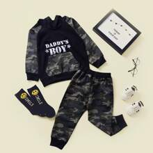 Hoodie mit Buchstaben Grafik und Jogginghose mit Camo Muster