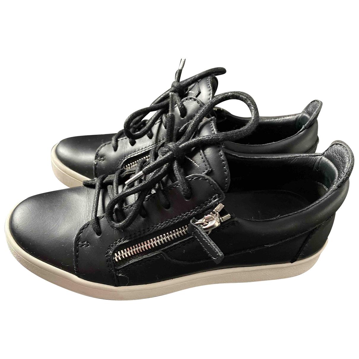 Giuseppe Zanotti \N Black Leather Trainers for Women 36 EU