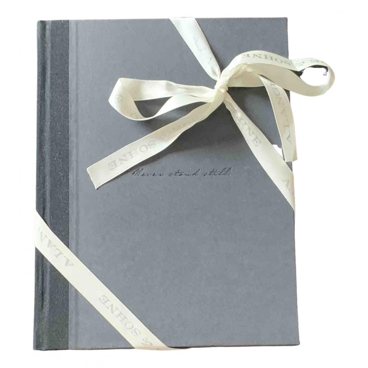 A. Lange & Sohne - Objets & Deco   pour lifestyle - gris