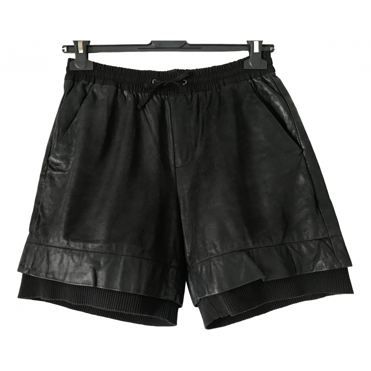 Cut25 \N Shorts in  Schwarz Leder