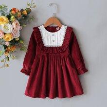 Samt Kleid mit Rueschen und Kontrast Spitzen