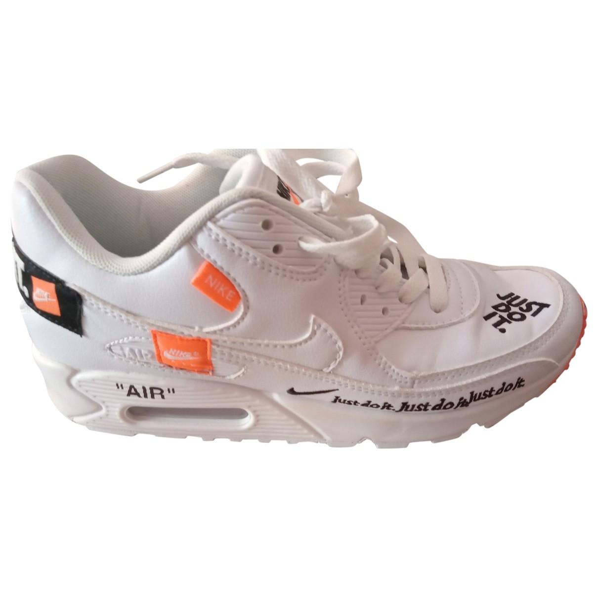 Nike Air Max 90 Sneakers in  Weiss Leder