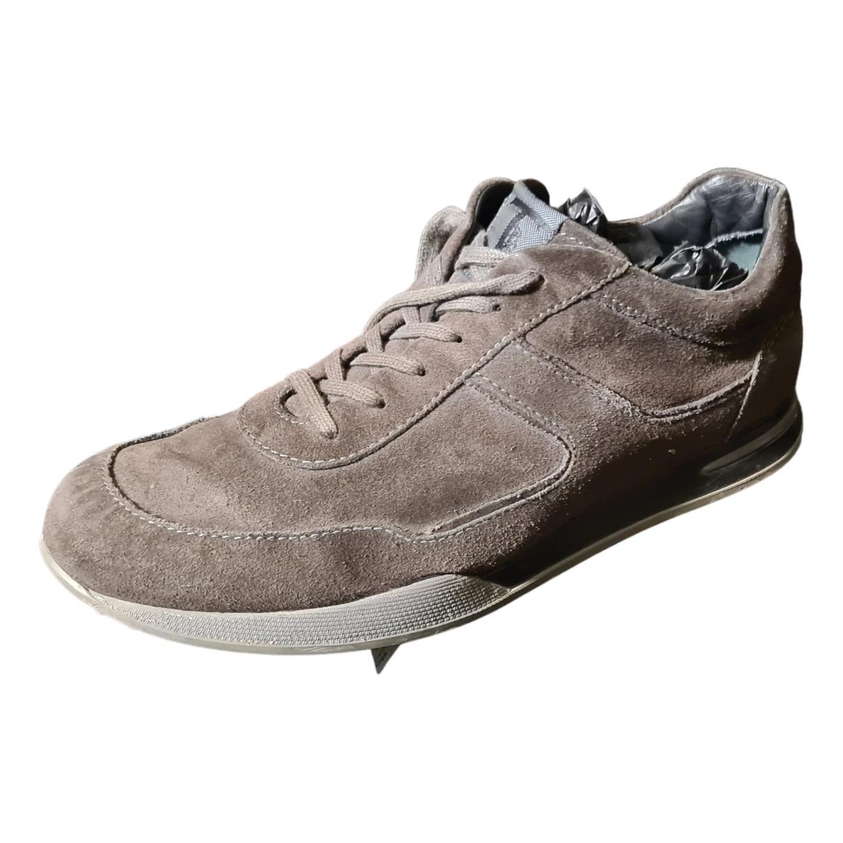 Tod's - Baskets   pour homme en suede - gris