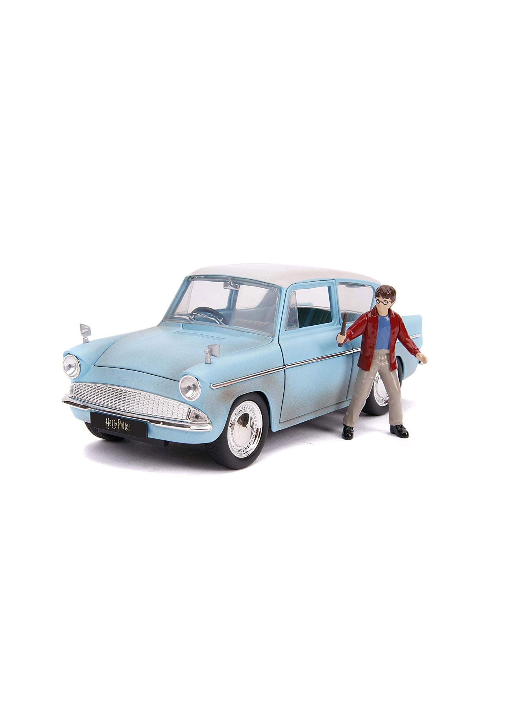 Harry Potter 1959 Ford Anglia 1:24 Scale w/ Figure