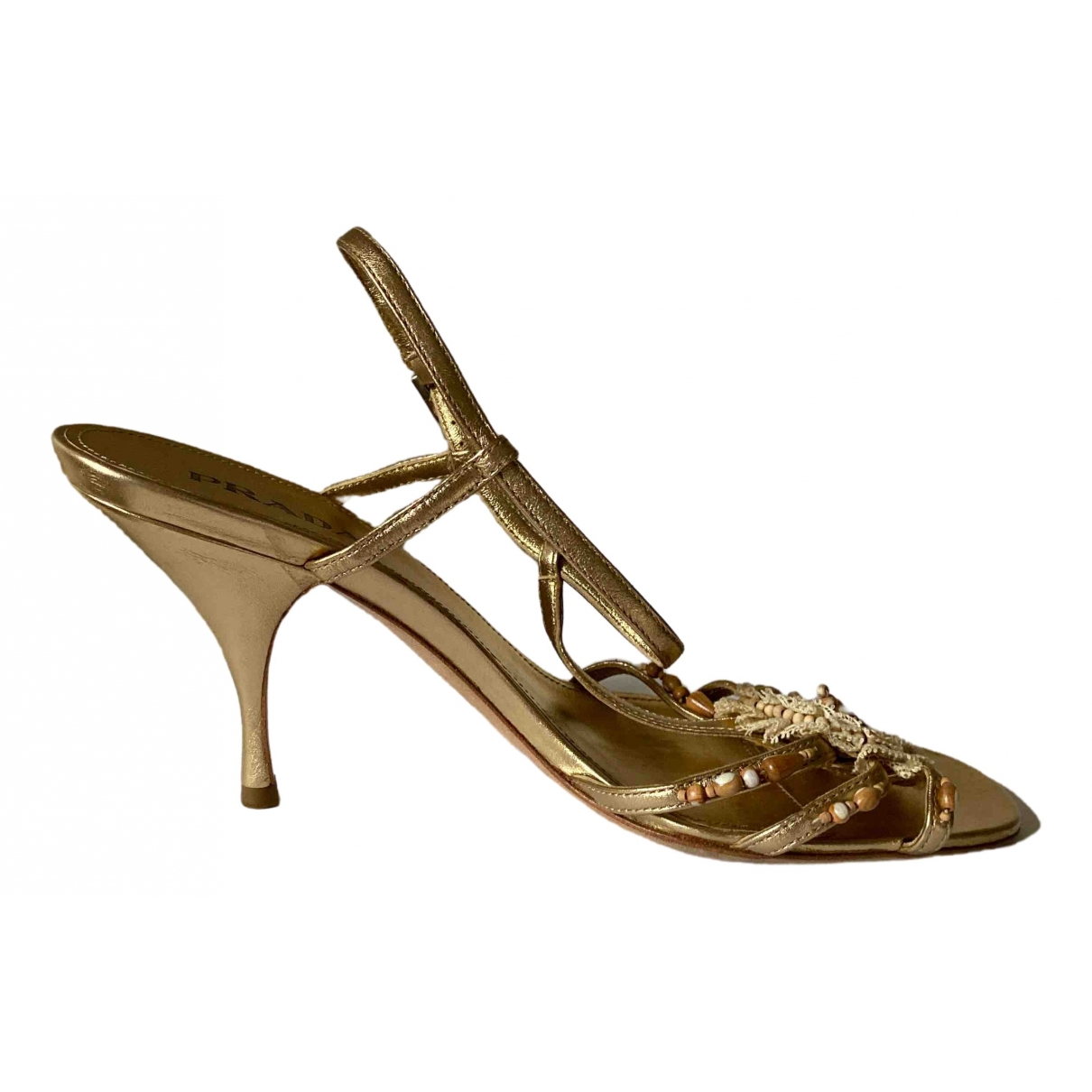 Prada \N Pumps in  Gold Leder