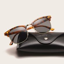 Maenner Sonnenbrille mit quadratischem Rahmen