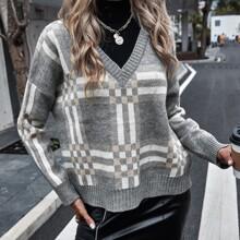 Pullover mit Karo Muster, V-Kragen und sehr tief angesetzter Schulterpartie