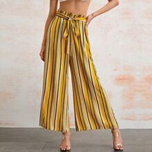Pantalones de rayas de pierna ancha con cinturon