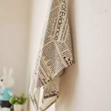 Serviette mit Zeitung Muster