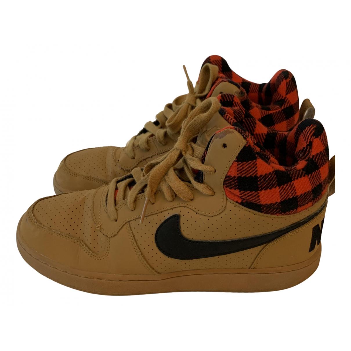 Nike Air Force 1 Sneakers in  Kamel Leder