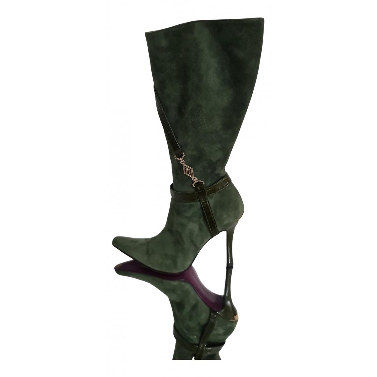 Versace \N Stiefel in  Gruen Veloursleder