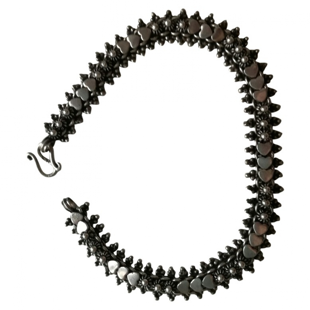 Non Signe / Unsigned Motifs Ethniques Armband in  Grau Silber