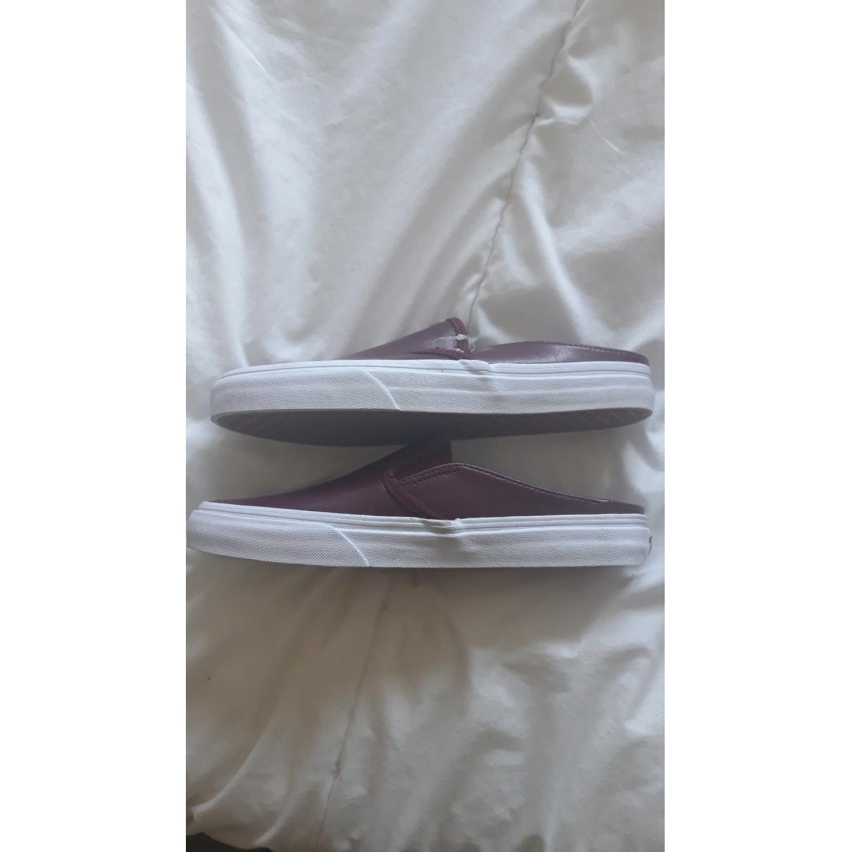 Vans \N Sneakers in  Bordeauxrot Leder