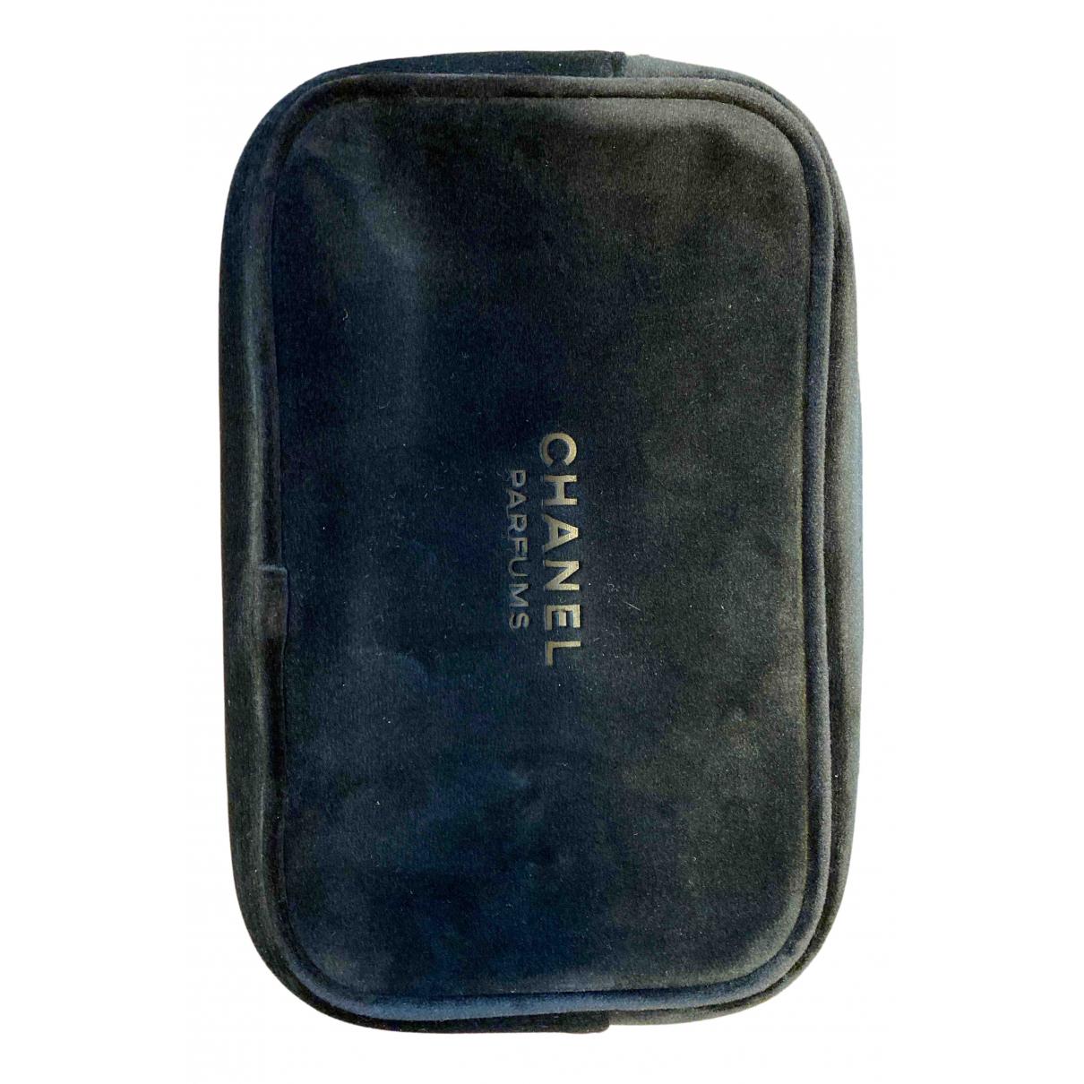 Chanel - Sac de voyage   pour femme en suede - noir