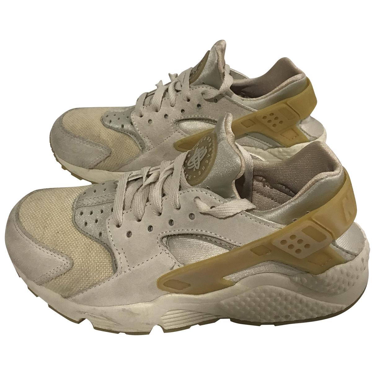 Nike - Baskets Huarache pour femme en suede - beige