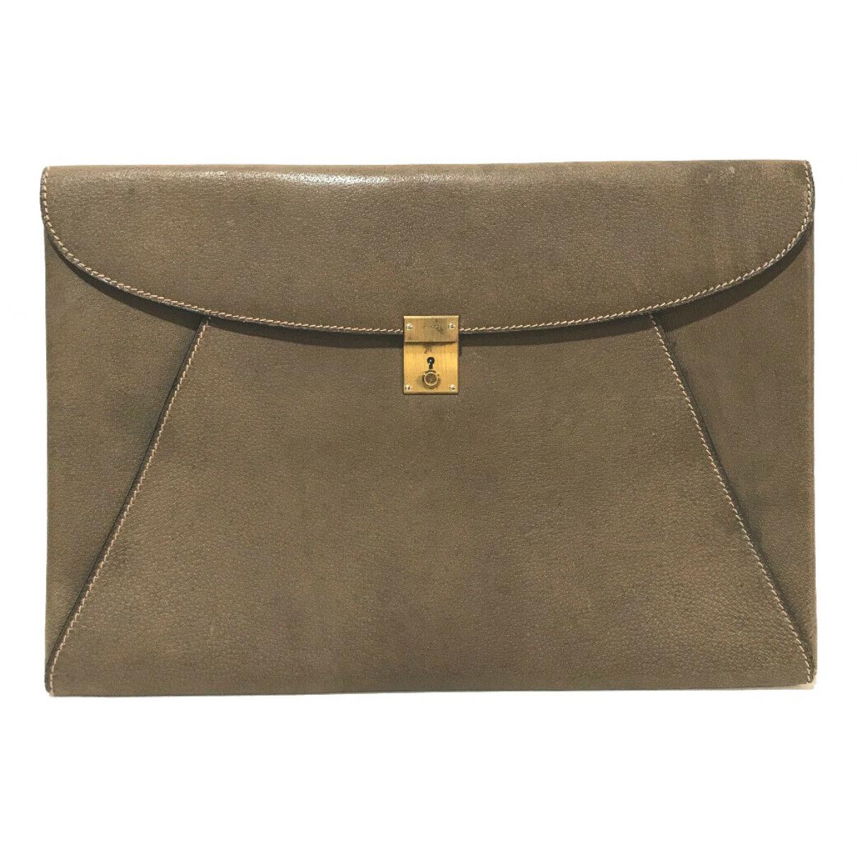 Gucci N Brown Leather Clutch bag for Women N