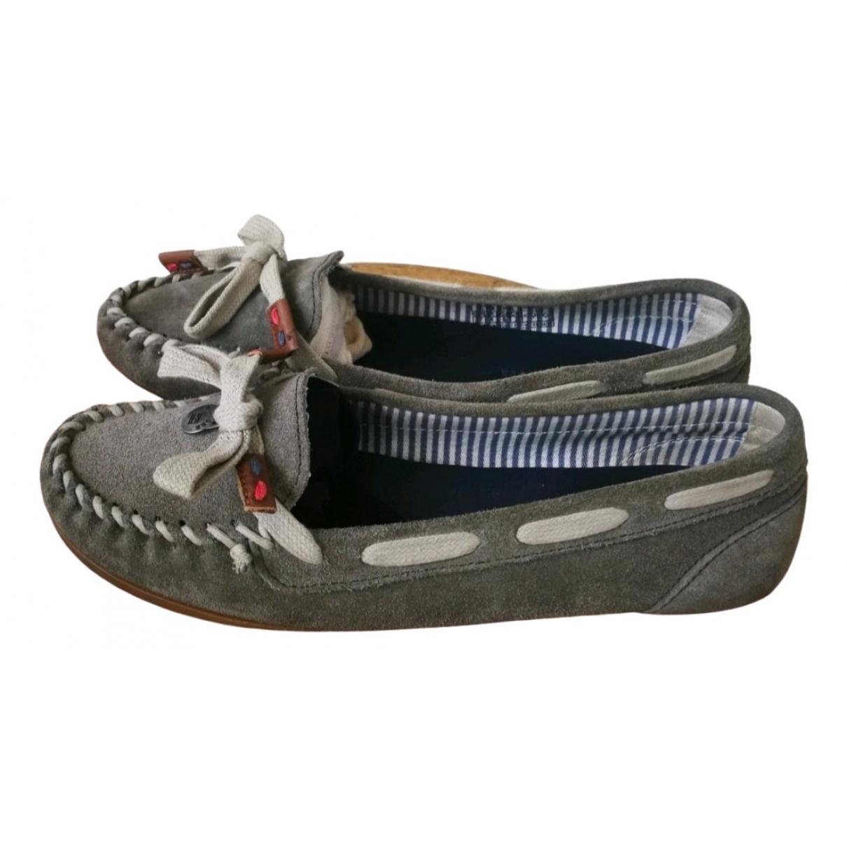 Tommy Hilfiger \N Khaki Leather Flats for Women 37 EU