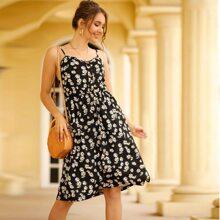 Cami Kleid mit Blumen Muster und Knopfen