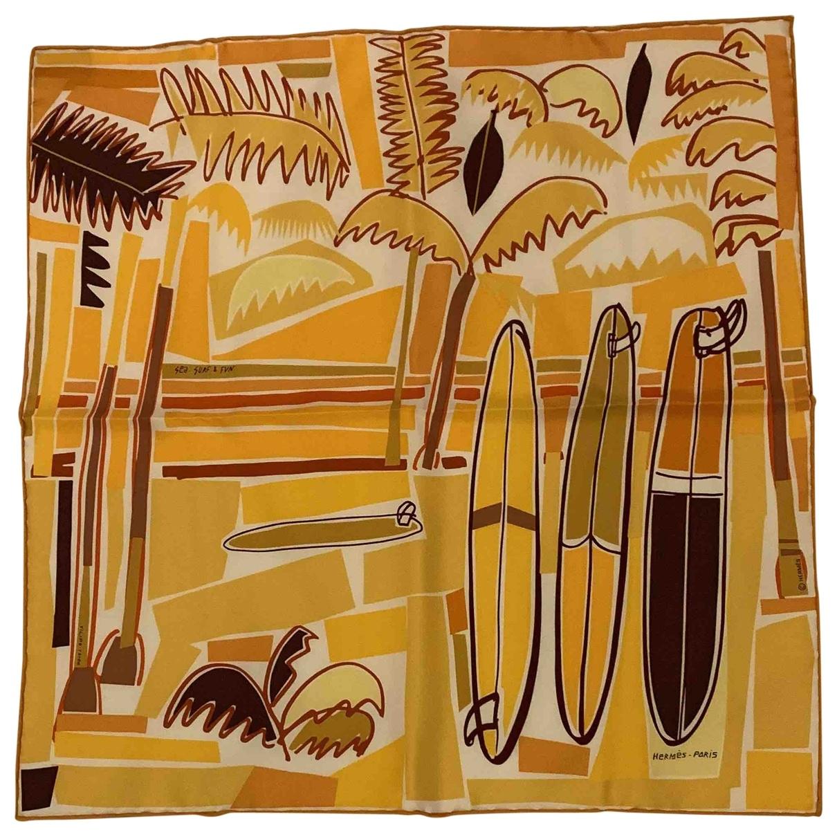 Hermès \N Yellow Silk scarf for Women \N