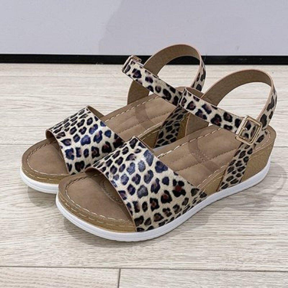 Women Leopard Print Platform Buckle Strap Casual Wedges Sandals