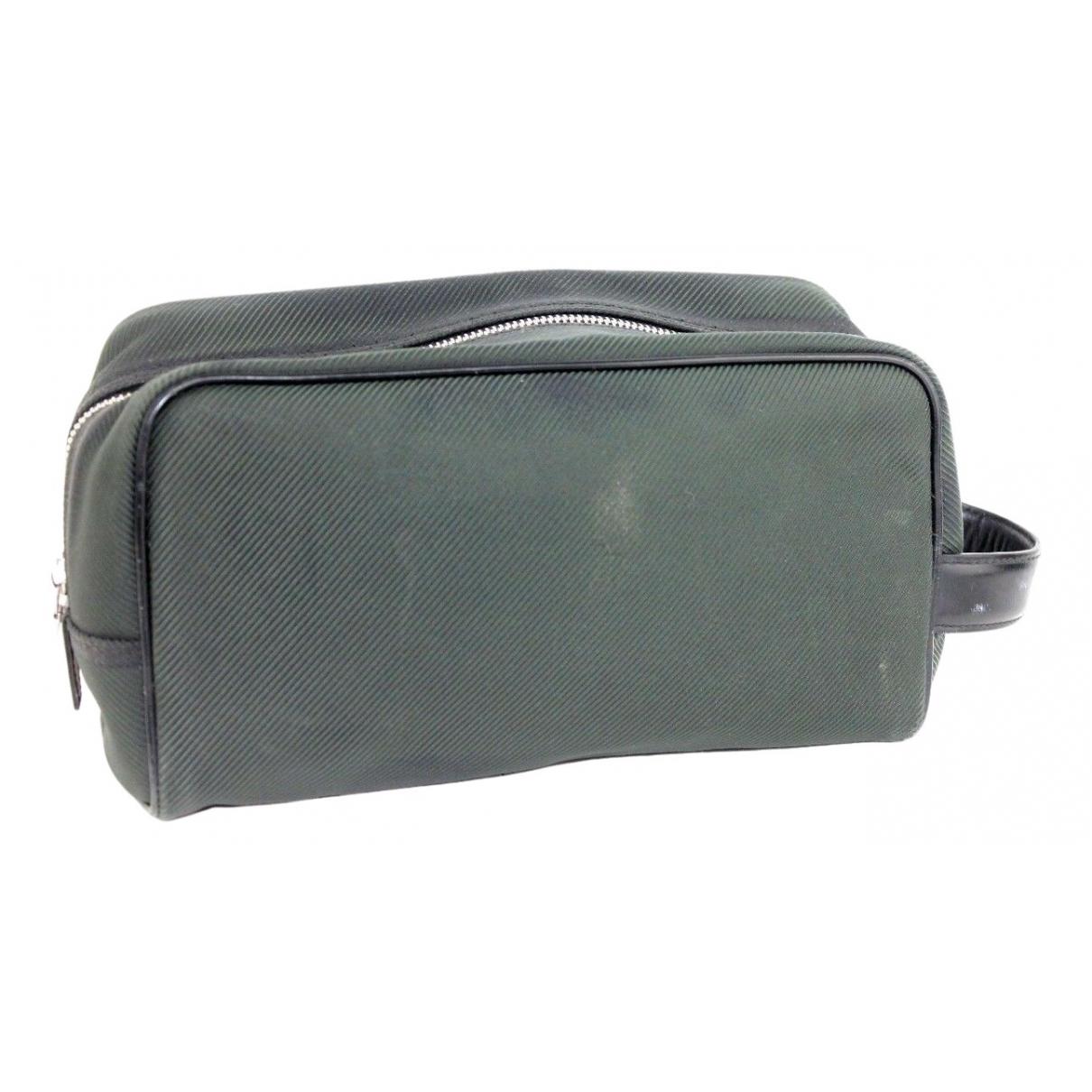 Louis Vuitton \N Green Cloth Travel bag for Women \N