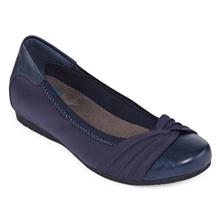 Yuu Womens Marcel Closed Toe Slip-On Shoe, 7 1/2 Medium, Blue