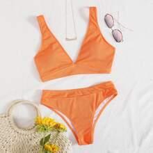 Gerippter Bikini Badeanzug mit V Kragen