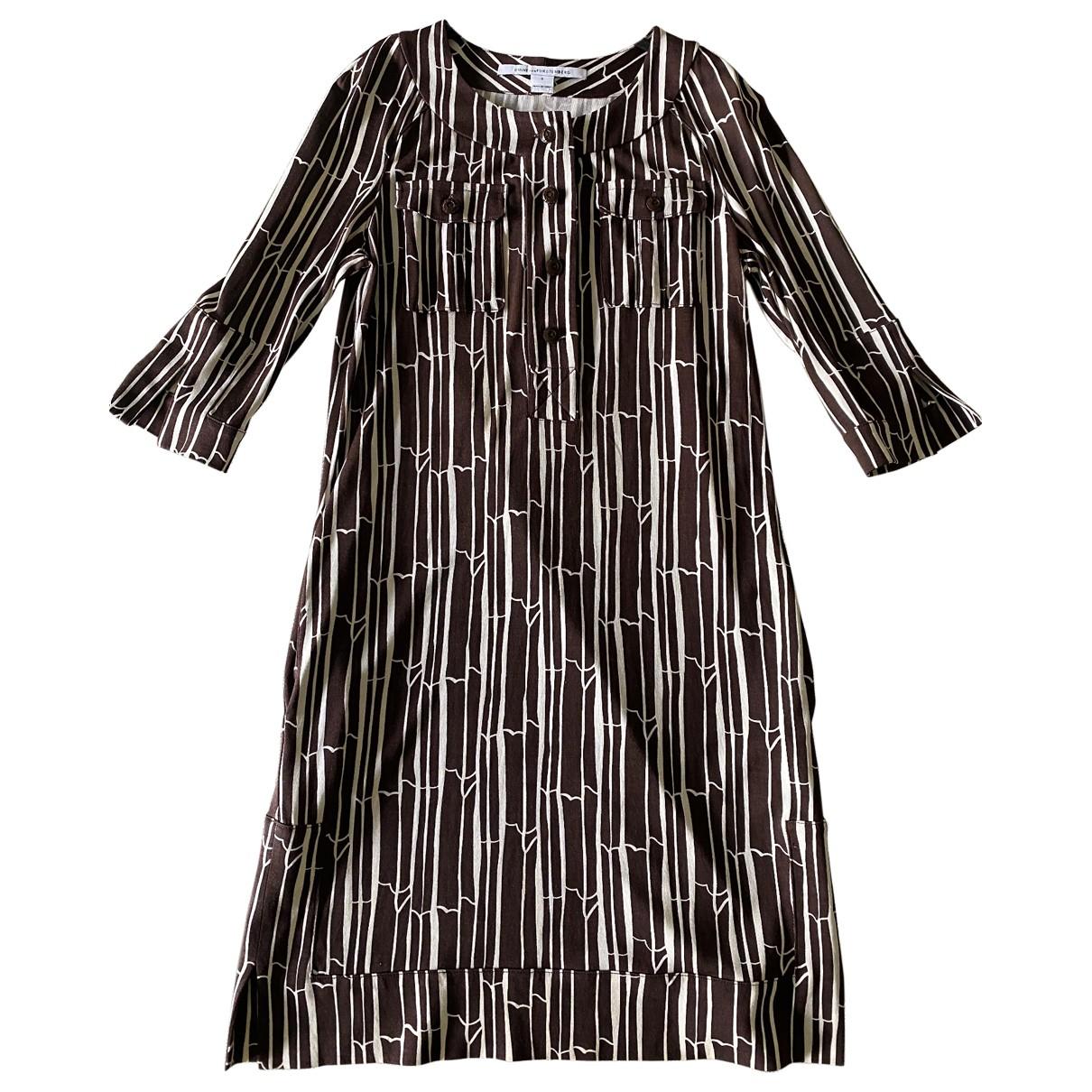 Diane Von Furstenberg \N Kleid in  Braun Seide