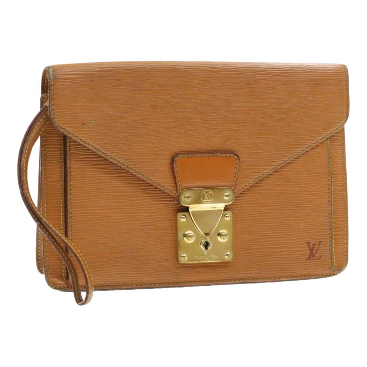 Louis Vuitton Sellier Clutch in  Braun Leder
