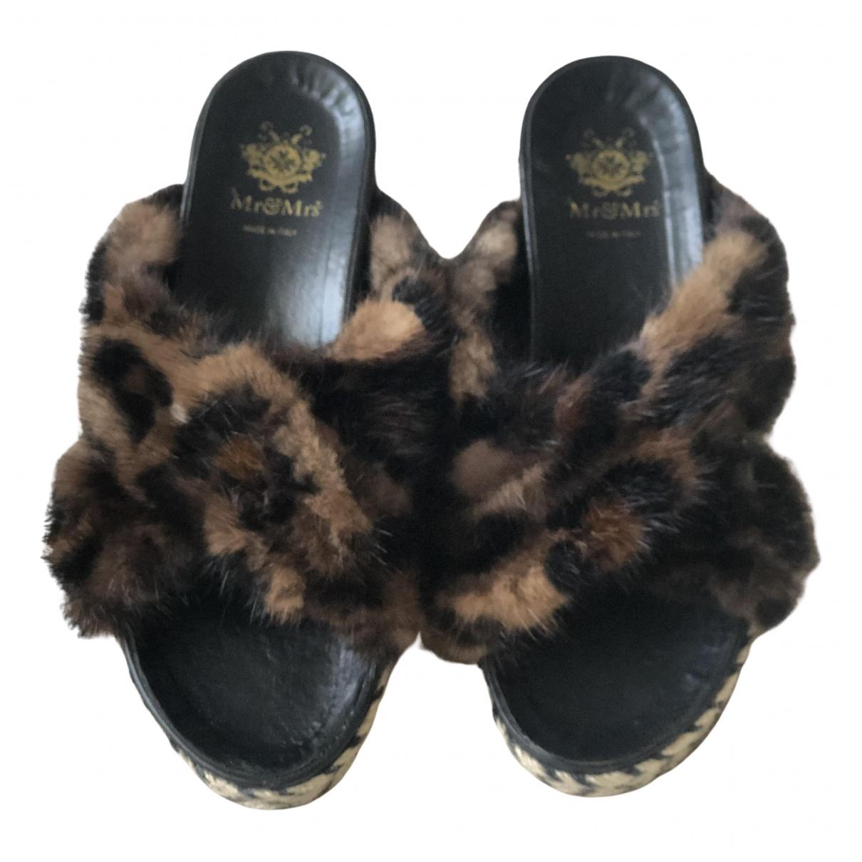 Mr & Mrs Furs N Brown Mink Sandals for Women 38 EU