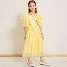 Kleid mit mehrschichtigen Ärmeln, Pailletten, Blumen Muster und Netzstoff