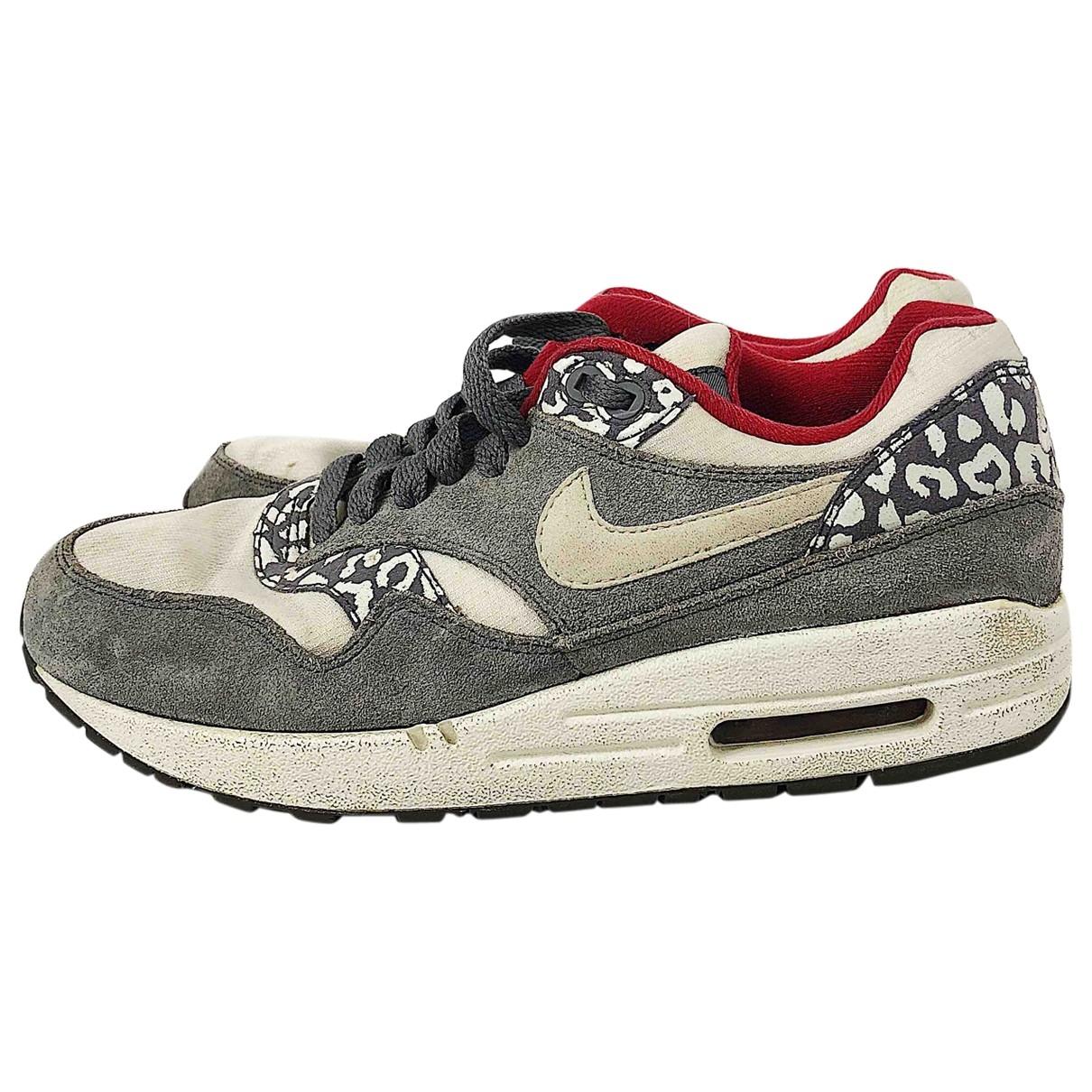 Nike - Baskets Air Max  pour femme en suede - gris