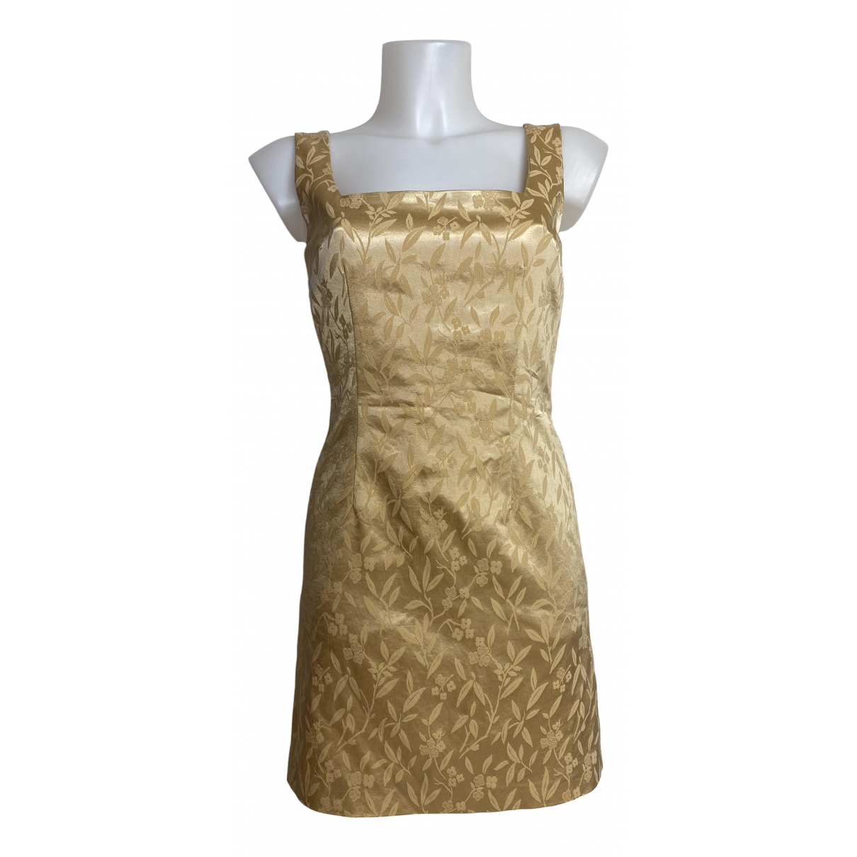 Non Signe / Unsigned \N Kleid in  Gold Synthetik