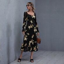 Kleid mit Herzen Kragen, Rueschen, Blumen Muster und Netzstoff