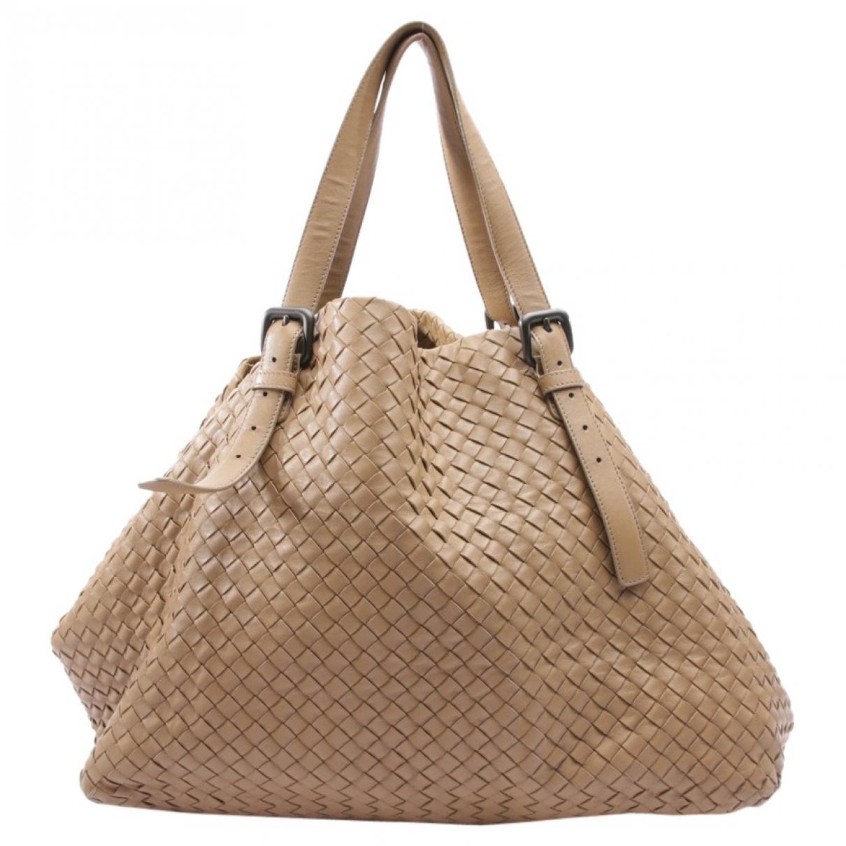 Bottega Veneta \N Beige Leather handbag for Women \N