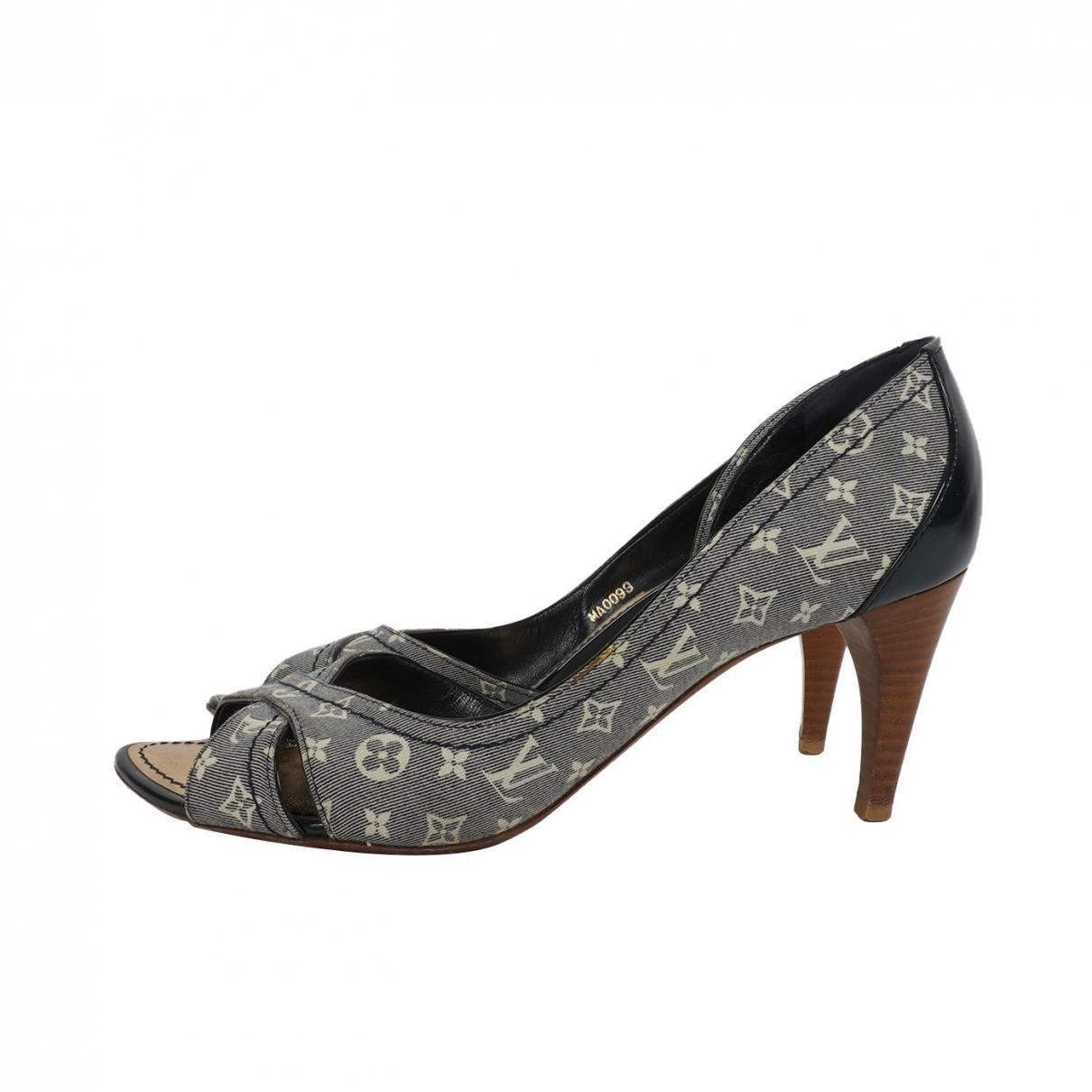 Louis Vuitton \N Blue Cloth Sandals for Women 36 EU